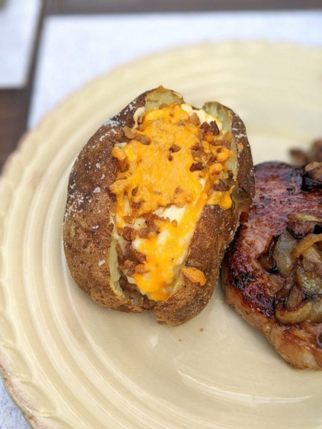 Easy Twice-Baked Potatoes in the Oven
